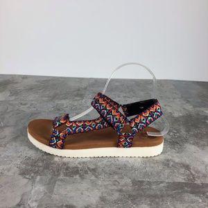 NIB JELLYPOP QUESTS RIVER Multi Color Sandals